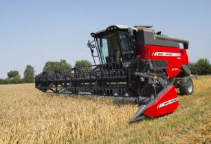 Massey Ferguson launches two new combines for 2016