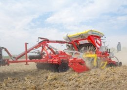 PÖTTINGER launches new flexible mulch drilling technology