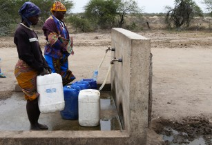 Water project boosts yields as farmers grapple with climate extremes in Mozambique