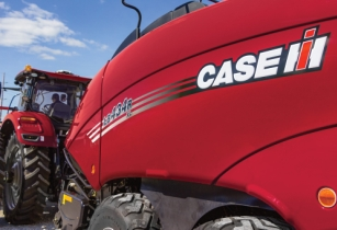 Case IH: big changes to large square and round baler lineup