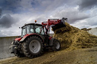 Tanzanian government orders 3,000 tractors
