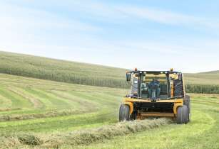 Vermeer introduces the world�s first self-propelled round baler